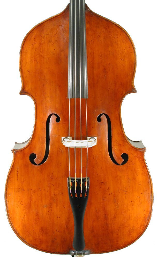 Whats the difference between a violin and a viola